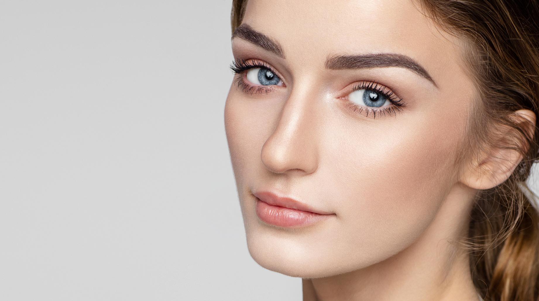 c4c5386661465d Poznaj wszystkie kosmetyki wodoodporne i zobacz, jak zmyć makijaż  wodoodporny